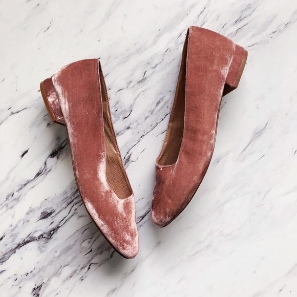 Madewell Shoes - Madewell Leia Blush Velvet Ballet Flat